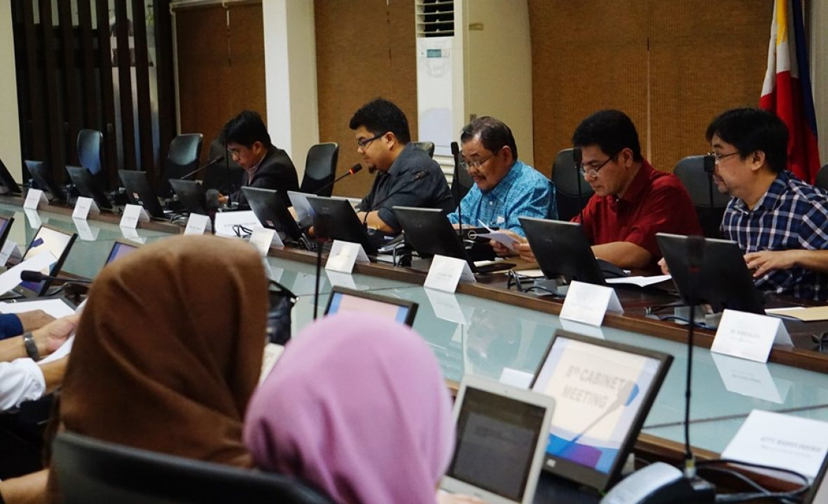 8th cabinet meeting D