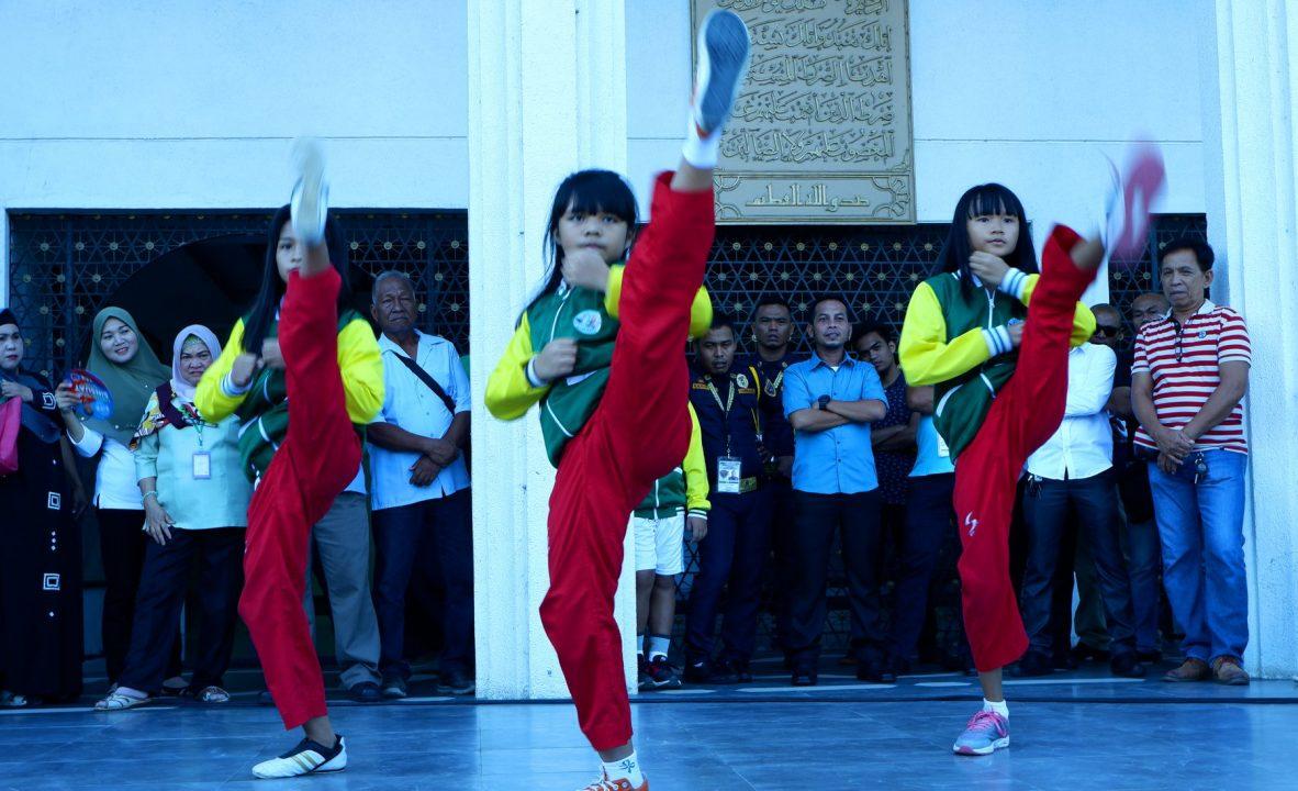 BARMM awards monetary gifts to Bangsamoro athletes D
